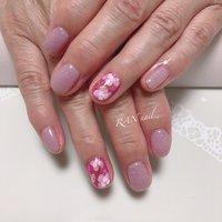 春色フラワーネイル  ちゅるんラメカラーのピンクの色とお花の模様が可愛い❤️ これからの季節にぴったりの元気の出る指先✨   華やかなデザインはフットネイルにしても素敵です(o^^o)    ご予約お問い合わせはこちら 電話番号 08094953019 メール rannail@i.softbank.jp ラインID rannail ブログ http://tamahirocchi.eshizuoka.jp  #春ネイル#菊川市#掛川市#御前崎市#牧之原市#菊川市ネイルサロン#相良ネイルサロン#ランネイル#RAN nail#出張ネイル#自宅ネイルサロン#美爪育成 #美爪#paragel#パラジェル#春ネイル#冬ネイル#大人ネイル#カッコいい#可愛い#ラメ#レース#春#ピンク#ちゅるんネイル#フラワー #オールシーズン #オフィス #ブライダル #デート #ハンド #シンプル #ラメ #フラワー #ショート #ホワイト #ピンク #パープル #ジェル #お客様 #RAN☆ #ネイルブック