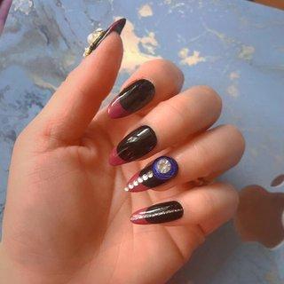 #longnails #frenchnails #naildesigns #chloe #ネイルブック