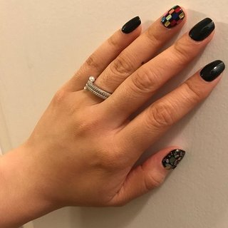 #shellnails #blacknails #naildesigns #chloe #ネイルブック