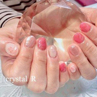 、 、  #ショートネイル  #マーブル #ピンク #ピンクベージュ  #オトナかわいい #おとなしめネイル  #オールシーズン #ふんわりネイル #ラメ  #肌馴染みネイル #ピンクシェル #💎crystal R ~nail salon~ #ネイルブック