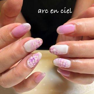 鮮やかな紫陽花は今旬のデザインです #梅雨ネイル #紫陽花ネイル #夏 #梅雨 #オフィス #女子会 #ハンド #フラワー #ロング #ホワイト #ピンク #パープル #ジェル #お客様 #Hiroko #ネイルブック