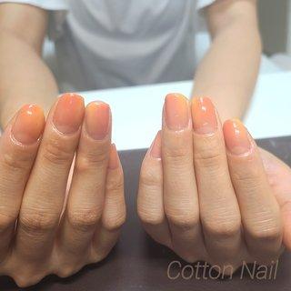 オレンジ+イエロー  夏っぽいネイル☺    #オレンジネイル #イエローネイル #夏ネイル #シンプルネイル #パラジェル #夏 #ハンド #ニュアンス #ミディアム #オレンジ #イエロー #ジェル #お客様 #Cotton-Nail #ネイルブック