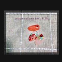 #次回定額アート#ハイビスカス #夏 #旅行 #海 #リゾート #ハンド #ラメ #ワンカラー #ビジュー #フラワー #ジェル #private nail cozy room RUNA #ネイルブック