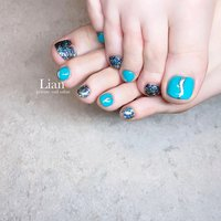 foot nail ❤️ . 夏仕様なnail❤︎ いつもありがとうございます🥰 . . . #ターコイズブルー ネイル#キラキラネイル#フットね#夏ネイル#三木市#三木市ネイルサロン#三木市プライベートネイルサロン #private nail salon Lian #ネイルブック