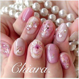 *   #pinknails 💍♡      Instagram → yochan4.nail #春 #夏 #オールシーズン #デート #ラメ #シェル #シースルー #押し花 #リボン #ピンク #YokoShikata♡キアラ #ネイルブック