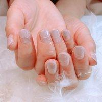 グレージュの丸フレンチ💫  白ラインがオシャレでした😊✨🌈ありがとうございました💓   #ネイル #ジェルネイル #ネイルアート #nail #nails #nailart #gelnail #福岡ネイル #福岡ネイルサロン #大牟田ネイル #美甲 #丸フレンチ #オフィス #シンプル #変形フレンチ #グレージュ #saki_cinnamon #ネイルブック