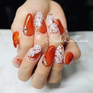 . ┈┈┈┈┈┈ఌ𝕔𝕠𝕥𝕥𝕠𝕟 𝕝𝕒𝕔𝕖𝕕ఌ. . オススメの蜂蜜べっ甲カラー♡ 自爪率60%☻︎伸び過ぎて、 右手は切っちゃったそう。 大丈夫です!長さ出しで完璧♡ . ఌꨄꨄఌ.┈┈┈┈┈┈┈┈┈ . . . .  #nailstylist #nailsaddict #nailsnailsnails #coolnailart #frenchnails #simplenails #beautyas #ikebukuro #privetesalon #nailleluce #stayathomechallenge  #シンプルネイル #スタイリッシュネイル #シンプルなネイルが好き #池袋南口 #プライベートサロン #透け感ネイル #大人のネイルサロン #大人のネイルアート #オトナ女子ネイル #手描きレース #手描きフラワーレース  #ふんわりお花ネイル #5月のネイルデザイン #初夏のデザイン #はちみつ色 #夏のべっ甲カラー #レースちゃん #夏 #秋 #海 #浴衣 #ハンド #フラワー #マット #レース #ロング #ホワイト #オレンジ #ジェル #お客様 #m.hirano•*¨*☆*・゚〖NailLeLuce〗 #ネイルブック
