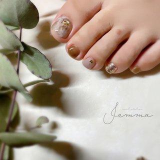 . . -art4-6 - footnail . . . ーーーーー #nailatelierjemma #jemma #nails #nuancenail #natural #beauty #foot #footnail #ジェマ #堀江 #北堀江ネイル #北堀江プライベートネイルサロン #ニュアンスネイル #大人ニュアンス #大理石 #大理石ネイル #乳白色ネイル #フットネイル #フットデザイン #ブラウンネイル #透明感 #透け感 #夏フットネイル #トレンドネイル #フット #ネイルサロン開業 #夏 #旅行 #オフィス #女子会 #フット #ワンカラー #シェル #シースルー #タイダイ #大理石 #ショート #ブラウン #アースカラー #スモーキー #ジェル #お客様 #satomi #ネイルブック
