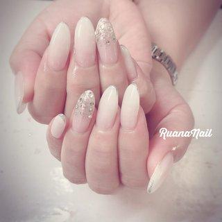 ↞ ↞お客様nail↠ ↠ . . *new* . ¥4,500-定額デザイン💅 . . . White gradation𓂃 𓇠 𓂅 . . .  南河内郡太子町山田𓆸 . ☾9:30〜17:00(最終受付15:00) . . ☾NailBook からのご予約OK𖤐𖤐 . . ☾DMからのご予約OK𖤐𖤐 . . ✯ ✮ ✵ ✮ ✷ ☽ ⋆ ꙳ ✰ ★ ✬ ⋆ ꙳ #nail#nails#nailart#NAIL#galnail#winternails#nail#nailstagram#footnail#2020#springnails#summernails#プライベートネイルサロン#自宅サロン#キッズスペースあり#ママネイリスト#グラデーションネイル#白グラデ#夏ネイル#個性派ネイル#ネイルサロン#ネイルデザイン#太子町ネイル#南河内 #南河内ネイルサロン #富田林ネイル#太子町#河南町#富田林#羽曳野#藤井寺市 #春 #夏 #オフィス #ブライダル #ハンド #シンプル #ラメ #グラデーション #ビジュー #ロング #ホワイト #ジェル #ruananail ルアナネイル #ネイルブック