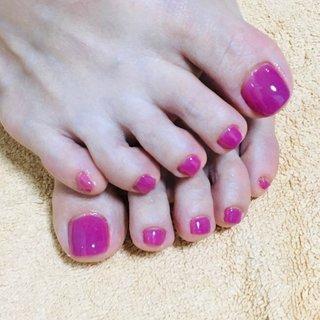 #夏 #くすみピンク #上品大人ネイル 来った〜っ!可愛すぎるカラーです。😘@マハナネイル武蔵新城さんで💅✨小林さん、ありがとうございました! #夏 #オールシーズン #オフィス #フット #ワンカラー #ショート #ピンク #ジェル #yumeko0212 #ネイルブック