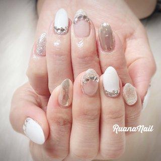 ↞ ↞お客様nail↠ ↠ . . 持ち込みデザイン参考ネイル💅 . . . White&silver𓂃 𓇠 𓂅 . . .  南河内郡太子町山田𓆸 . ☾9:30〜17:00(最終受付15:00) . . ☾NailBook からのご予約OK𖤐𖤐 . . ☾DMからのご予約OK𖤐𖤐 . . ✯ ✮ ✵ ✮ ✷ ☽ ⋆ ꙳ ✰ ★ ✬ ⋆ ꙳ #nail#nails#nailart#NAIL#galnail#winternails#nail#nailstagram#footnail#2020#springnails#summernails#プライベートネイルサロン#自宅サロン#キッズスペースあり#ママネイリスト#フレンチネイル#ラメネイル#夏ネイル#個性派ネイル#ネイルサロン#ネイルデザイン#太子町ネイル#南河内 #南河内ネイルサロン #富田林ネイル#太子町#河南町#富田林#羽曳野#藤井寺市 #夏 #オールシーズン #クリスマス #ブライダル #ハンド #フレンチ #ラメ #ビジュー #ミラー #ミディアム #ホワイト #シルバー #ジェル #お客様 #ruananail ルアナネイル #ネイルブック