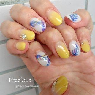 . . Leaf🌿nails ♡ . . . Precious 048-915-5205 . #Precious#privatebeautysaron#越谷ネイルPrecious#定額制#ネイルサロン#越谷#新越谷Precious#イエローネイル#初夏ネイル#リーフネイル#夏ネイル2020#koshigaya#saitama#nail#NAIL#summer nails#Leaf nails #Precious 〜プレシャス〜 #ネイルブック