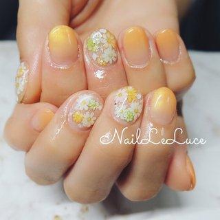 . ┈┈┈┈┈┈┈𝕄𝕚𝕜𝕒𝕟 𝕀𝕣𝕠🍊 . 夏の暑さに負けない色を… みかん色オーダーでした🧡 . ┈┈┈┈┈┈┈┈┈┈┈┈ . . . . . . .  #nailstylist #nailsaddict #nailsnailsnails #coolnailart #frenchnails #simplenails #beautyas #ikebukuro #privetesalon #nailleluce #orangenails  #シンプルネイル #スタイリッシュネイル #シンプルなネイルが好き #池袋南口 #プライベートサロン #大人のネイルサロン #大人のネイルアート #オトナ女子ネイル #みかん色🍊#オレンジ色は元気が出る色 #お花のネイルシール #シールも可愛いよ #春 #夏 #ハンド #シンプル #グラデーション #フラワー #ショート #オレンジ #ジェル #お客様 #m.hirano•*¨*☆*・゚〖NailLeLuce〗 #ネイルブック