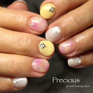 . . 初夏ネイル✺⋆* . . . Precious 048-915-5205 . #Precious#privatebeautysaron#越谷ネイルPrecious#定額制#ネイルサロン#越谷#新越谷Precious#初夏ネイル#夏ネイル#ショートネイル#koshigaya#saitama#nail#NAIL#cute#follow me#follow#japan nails#japan#summer nails #Precious 〜プレシャス〜 #ネイルブック