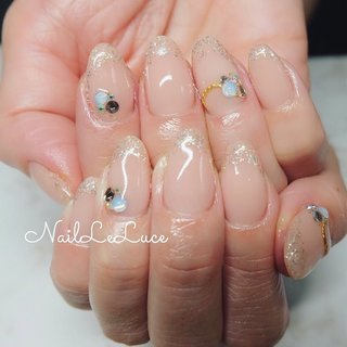 . ┈┈┈┈┈┈𝑠𝑒𝑒 𝑡ℎ𝑟𝑜𝑢𝑔ℎ 𝑓𝑟𝑒𝑛𝑐ℎ☽. . キラキラシースルーフレンチと ちゅるんぷるんで無敵です。 . ┈┈┈┈┈┈┈┈┈┈┈┈┈┈┈ . . . . #nailstylist #nailsaddict #nailsnailsnails #coolnailart #frenchnails #simplenails #beautyas #ikebukuro  #privetesalon #nailleluce #French #シンプルネイル #スタイリッシュネイル #シンプルなネイルが好き #シンプルだけどスタイリッシュ #池袋南口 #プライベートサロン #オトナ女子ネイル #気分が上がるネイル #ラメフレンチ #シースルーフレンチネイル #シースルーフレンチ #シースルーラメ #シースルーネイル #ちゅるんネイル #オールシーズン #オフィス #ブライダル #パーティー #ハンド #シンプル #フレンチ #ラメ #ミディアム #ピンク #ゴールド #ジェル #お客様 #m.hirano•*¨*☆*・゚〖NailLeLuce〗 #ネイルブック