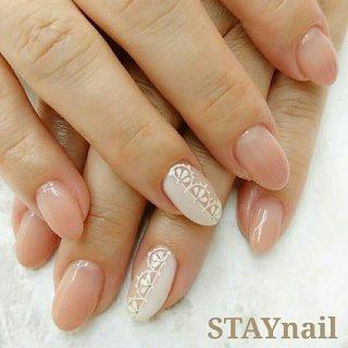 Lace nail☆  上品だけど、存在感のある White lace nail♪  #夏ネイル # #オールシーズン #旅行 #オフィス #デート #ハンド #グラデーション #レース #ミディアム #ホワイト #ベージュ #ピンク #ジェル #お客様 #STAY nail #ネイルブック