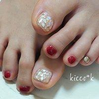 鮮やかなアメリカンチェリーレッドとゴールドが 大人きれいに(๑´︶`๑)♥  #footnails #shellnails #red  #summer #nail #nails #nailsalon #instanails #nailswag #nailstagram #nailart #naildesign #gelnails #manicurist #ネイル #ネイルデザイン #大人ネイル #ジェルネイル #ネイルサロン #八潮市 #八潮ネイル #八潮ネイルサロン #足立区ネイルサロン#北千住ネイルサロン #六町ネイル #三郷ネイル #草加ネイル #自宅サロン #kicco_k #夏 #海 #デート #女子会 #ハンド #ワンカラー #シェル #ショート #レッド #ジェル #お客様 #kicco_k.nail #ネイルブック