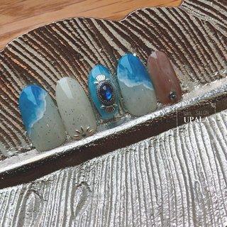 . . . sea design🏄♂️ . . .  #ジェルネイル #グラデーション #nail #nails #nailart  #夏ネイル #夏ネイルデザイン #summernail  #ニュアンス #ニュアンスネイル #オトナ女子ネイル #シェル #シェルネイル #ミラーネイル #メタリック #メタリックネイル #footnailデザイン #footnail #淡水パール #おしゃれさんと繋がりたい #pregel #paragel #initygel #novel #大阪ネイル #岸和田ネイル #砂ジェル #コンチョネイル #nailsalonupala #upala #シンプルネイル #大阪ネイル #岸和田ネイル #nailsalonupala #upala #夏 #旅行 #海 #リゾート #ハンド #ネイティブ #シースルー #トロピカル #マリン #ホワイト #水色 #シルバー #ジェル #ネイルチップ #upala Mayuko #ネイルブック