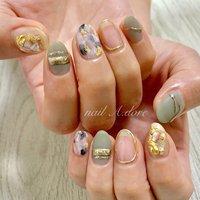 #nail #nails #naildesign #nailart #nailstagram #nailswag #nailsalon #nailaddict #ネイル #ネイルアート #ネイルデザイン #ニュアンスネイル #シェル #アクセサリーネイル #メタリック #nail A.dore #ネイルブック