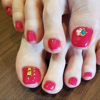 *°♡   #pinkネイル #フットネイル #岡崎市 #岡崎ネイルサロン #NailSalonReve #春 #夏 #オールシーズン #フット #シンプル #ワンカラー #ビジュー #ショート #ピンク #レッド #ジェル #お客様 #えり♡ #ネイルブック