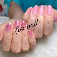 。 ラメを先端に入れて華やかさも演出です♡♡ お似合いです☺️☘️💋 #Loa Nail 【ロアネイル】 #ネイルブック