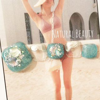 #ミントネイル #夏 #海 #リゾート #フット #シェル #スターフィッシュ #ショート #グリーン #シルバー #メタリック #ジェル #ネイルチップ #naturalbeauty #ネイルブック