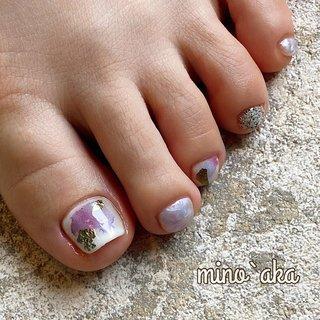. ✩お客様footネイル✩ . ♡ 初夏 ♡ . なんとも涼しげ🌳🍃 . . . . 【サンダルの季節到来!special foot careのお知らせ】 . special foot careで角質除去施した後ホワホワになったfoot♪. ワントーン上がってワンカラーやアートがとても映えます✨. 詳しくはお問合せ下さい🙇♀️ . . . ✐☡ご予約はDM&LINE@:【@fyh3289a】よりご連絡ください( ¨̮ )  #夏ネイル #ホワイト #女子会 #パープル #夏 #オールシーズン #ワンカラー #ニュアンス #ニュアンスネイル #ニュアンスアート #エアブラシアート #金箔ネイル #金箔 #さざなみ #異素材ネイル #フット #フットネイル #フットケア #角質ケア #角質除去 #角質 #プライベートネイルサロン #夏 #オールシーズン #梅雨 #浴衣 #フット #ワンカラー #大理石 #ニュアンス #ホイル #ミラー #ショート #ホワイト #ピンク #パープル #ジェル #お客様 #non✱ミノッアカ #ネイルブック