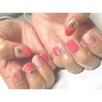 シェル×イチゴちゃん♡ イチゴタルト食べたい♪ . #nails #naildesign #nailart #color #painting #gradation #strawberry #art #shell #chaehwanail #ネイル#ネイルデザイン #グラデーション #いちご #シースルー #シェル #可愛い #ピンク #カラー #ジェルネイル #川崎ネイルサロン #川崎 #神奈川 #네일#네일아트#네일스타그램 #젤네일 #딸기 #아트 #美甲 . . . ご予約は↓からお願いします! *ネイルブックネット予約(プロフィールのURLから予約可能!) . お問い合わせは↓からお願いします! *LINE@ : @chaehwa_nail(@から検索) *Instagram DM : @chaehwa_nail . ご連絡お待ちしております(*´꒳`*)♪ Chaehwa*Nail #オールシーズン #パーティー #デート #女子会 #ハンド #グラデーション #シェル #フルーツ #マーブル #ミディアム #ホワイト #ピンク #ゴールド #ジェル #お客様 #chaehwa_8127 #ネイルブック