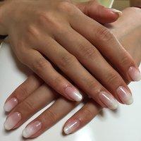 乳白色にパール入りの白を重ねてグラデーションにしました! ありがとうございました✨ #ハンド #グラデーション #ジェル #お客様 #hinanamam95 #ネイルブック
