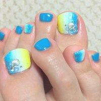 #Nailbook #夏 #フット #グラデーション #ブルー #embellir1104 #ネイルブック