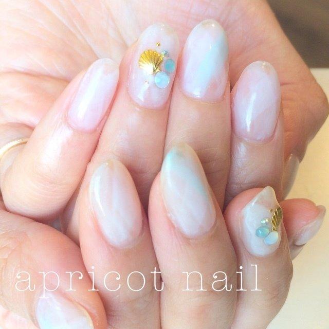 #Nailbook #夏 #ハンド #シェル #ミディアム #ホワイト #ジェル #お客様 #apricot_nail #ネイルブック