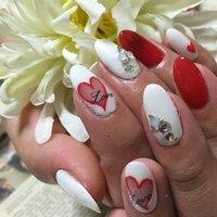 #バレンタイン #ハンド #くりぬき #ホワイト #レッド #ジェル #toa0416 #ネイルブック