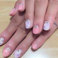 ピンク × ストーン × 花柄 #春 #ハンド #フラワー #ピンク #ジェル #お客様 #YYocchiiii #ネイルブック