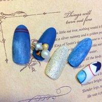 青を強調した、涼しげなネイルです #夏 #ハンド #ブルー #ジェル #ネイルチップ #petite_maison4 #ネイルブック