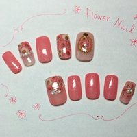 お花シールでガーリー #春 #ハンド #フラワー #ピンク #ネイルチップ #UmikoHg #ネイルブック