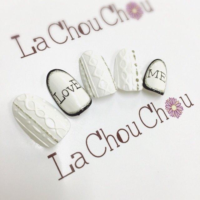 #Nailbook #冬 #ハンド #ニット #ホワイト #ネイルチップ #Lachouchou_mika #ネイルブック