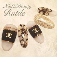 #秋 #ハンド #ブランド柄 #ホワイト #ネイルチップ #Nail&BeautyRutile♡Risa #ネイルブック