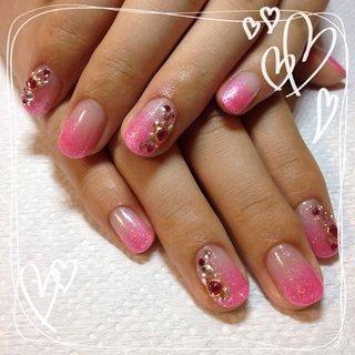 キラキラ(o^^o)ピンクラメのグラデーション #ハンド #グラデーション #ピンク #ジェル #hhr999 #ネイルブック