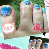 #Nailbook #夏 #フット #ラメ #ブルー #ジェル #セルフネイル #ayako_pingu #ネイルブック