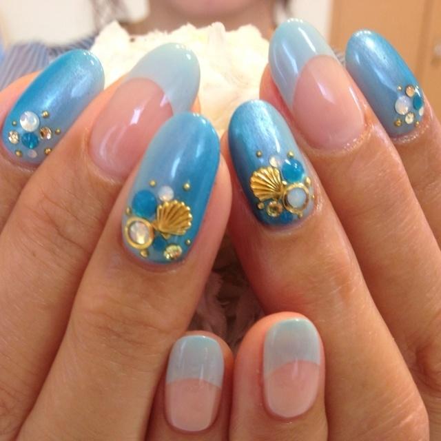 #Nailbook #ブルー #グラデーション #ハンド #夏 #ジェルネイル #duffybabi #ネイルブック