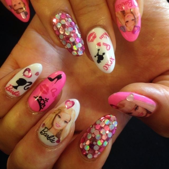 Barbie nail☆ #ピンク #ネイルシール #ハンド #夏 #ジェルネイル #お客様 #nailsalon Splendor #ネイルブック
