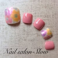 #春 #フット #フラワー #ピンク #ジェル #ネイルチップ #Nail_salon_slow #ネイルブック