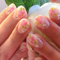 春の小花柄エレガントローズ #春 #ハンド #フラワー #ホワイト #ジェル #お客様 #creatieulnail #ネイルブック