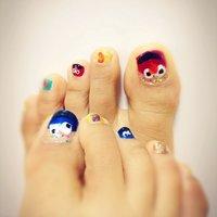 思いつきでデザインしましたぁー(笑)キャラクター久々♥エルモ&クッキーモンスター!!!!(≧∇≦) #フット #キャラクター #マニキュア #rn_kk09 #ネイルブック