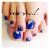 ロイヤルブルー♡Felicitynails神戸よろしくお願いします(^^)アメブロやってます(≧∇≦) #夏 #フット #デコ #ブルー #ジェル #お客様 #ゆみっぴー #ネイルブック