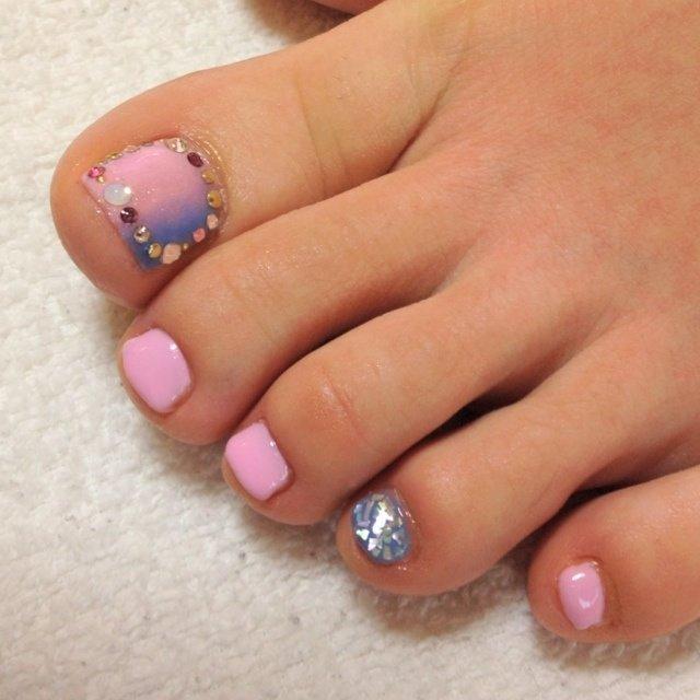 #Nailbook #夏 #フット #グラデーション #ピンク #お客様 #Namiko Fukumoto #ネイルブック