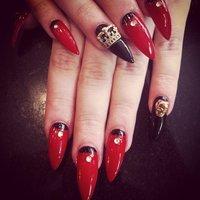 Crazy Nails* #パーティー #ハンド #ロック #レッド #ジェル #kyrapops #ネイルブック