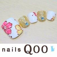 聖蹟桜ヶ丘のネイルサロン♪ nails Qoo 駐車場完備☆  #夏 #フット #フラワー #ホワイト #nailsQoo #ネイルブック