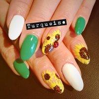 Sun flower☆ @Turquoise 札幌 #フラワー #グリーン #turquoise011 #ネイルブック