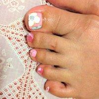 #Nailbook #フット #フラワー #ピンク #ジェル #それ、お疲れ爪かも?名古屋市北区 爪を育てるネイルサロン #ネイルブック